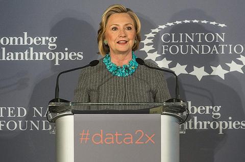 """""""Мы готовы к женщине-президенту"""": звезды поддержали Хиллари Клинтон"""
