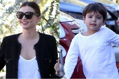 Миранда Керр с сыном прошлись по магазинам