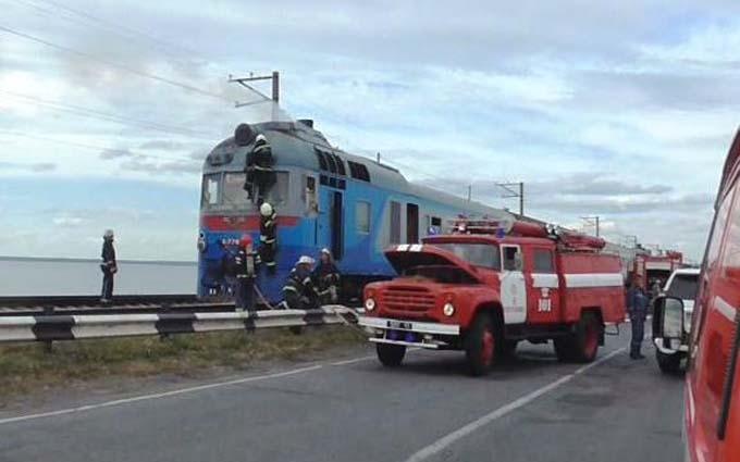 Під Черкасами спалахнув потяг із пасажирами: з'явилися фото і відео