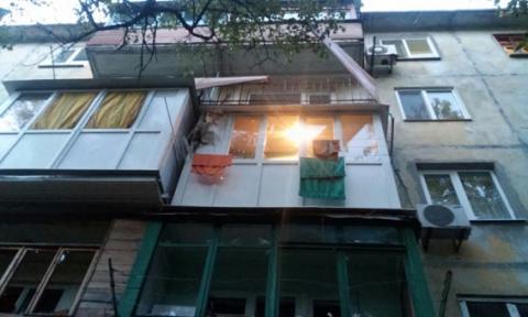 У Маріуполі з РПГ стріляли по житловому будинку (7 фото) (7)