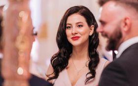 """Солистка """"ВИА Гры"""" Анастасия Кожевникова вышла замуж - появились первые свадебные фото"""