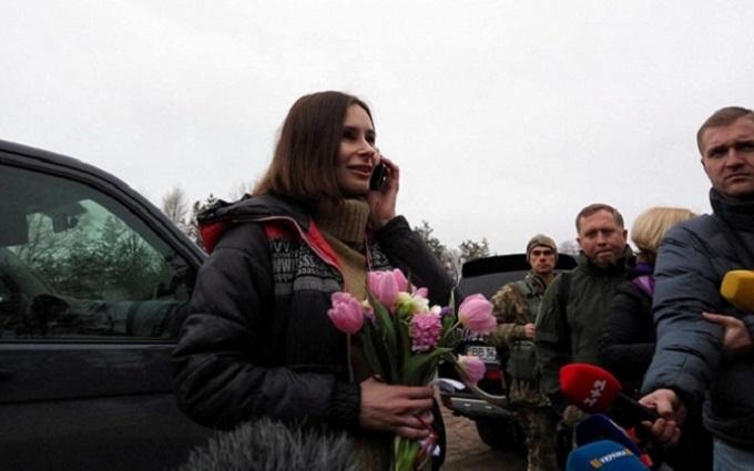 Новые подробности освобождения журналистки из плена: Порошенко пришлось поучаствовать