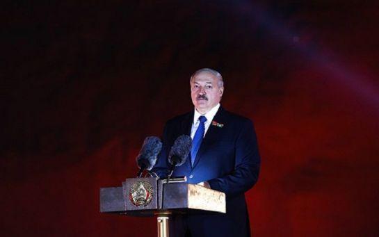 Против Лукашенко и его окружения ввели первые санкции