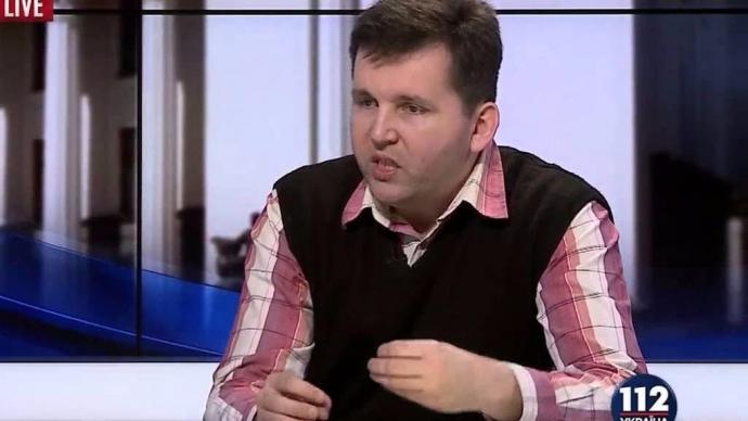 В Киеве погиб известный политолог: фото с места трагедии (2)