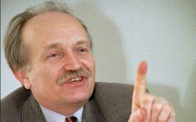 18 лет без Чорновила: появились уникальные фото последних дней жизни политика