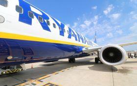 Ryanair скасовує сотні рейсів - відома причина