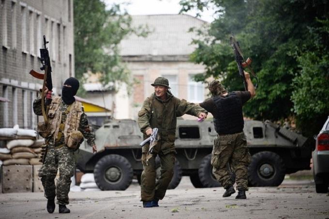 Убитий снайпер з РФ і жертви різанини: озвучені нові втрати бойовиків ДНР