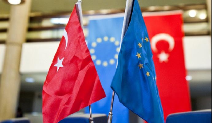 Меркель призвала срочно реализовать соглашение ЕС-Турция