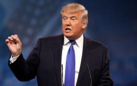 """""""Тупий і ледачий"""": Трамп жорстко відповів на критику Тіллерсона на свою адресу"""