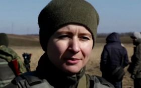 Украинские девушки-полицейские на Донбассе: появилось яркое видео