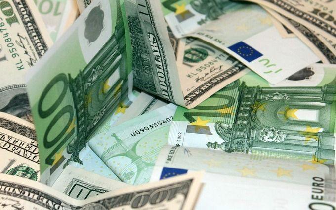 Курс валют на сегодня 17 ноября - доллар не изменился, евро не изменился