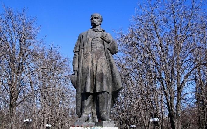 В ЛНР считают, что Шевченко воспевал Россию: опубликовано видео