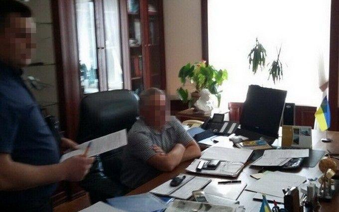 У Порошенка оголосили про нове гучне затримання хабарника: опубліковані фото