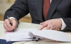 Порошенко підписав закон, що спрощує ведення бізнесу