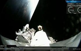 SpaceX успешно запустила в космос спутники глобального интернета: зрелищное видео