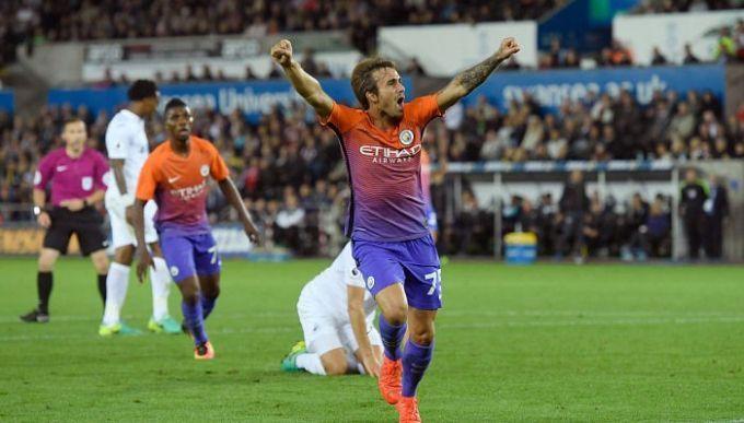 «Манчестер Сити» отдал полузащитника Дугласа Луиса варенду «Жироне»