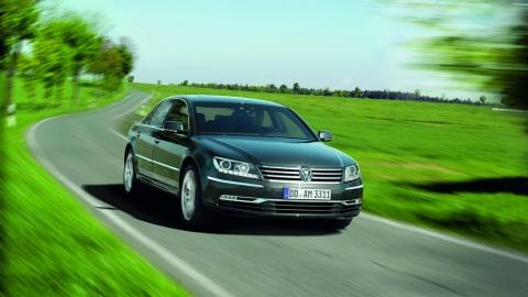 Volkswagen Phaeton отримає електричну версію.