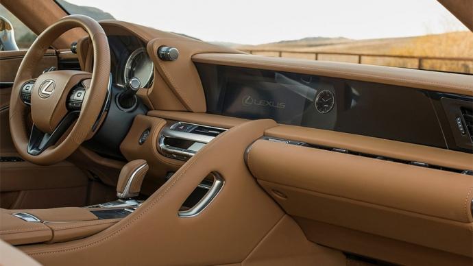 Компанія Lexus представила серійний спорткар LC500 (11 фото) (5)