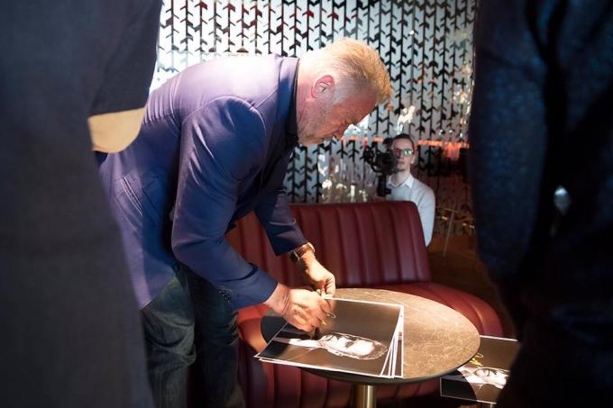 Я влюбился в ваш город: Арнольд Шварценеггер в восторге от первого визита в Киев (5)