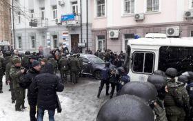 Суд над Трухановим супроводили великі бійки з постраждалими: з'явилося відео