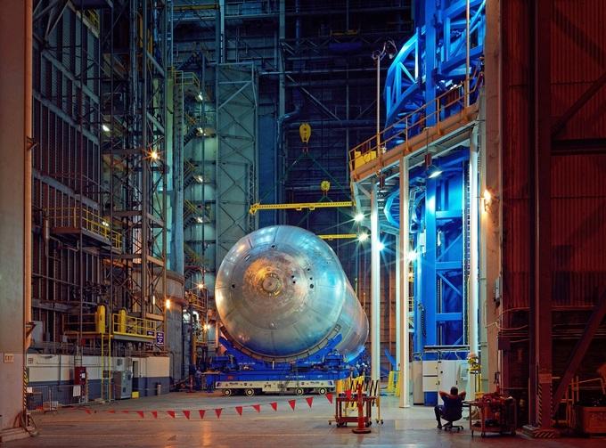 NASA показало процесс строительства ракеты для полета на Марс (1)