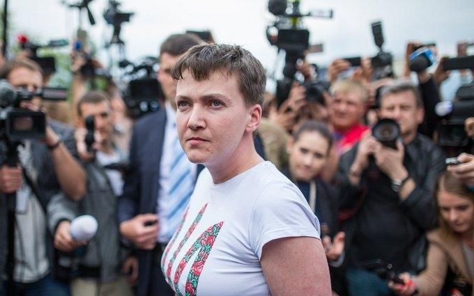 Савченко за рік заробила в 5 разів більше сина Порошенка