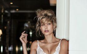 Самой сексуальной женщиной по версии Maxim стала дочь Болдуина