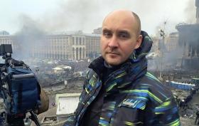 Відомий журналіст розбурхав відходом зі скандального телеканалу: опубліковано фото