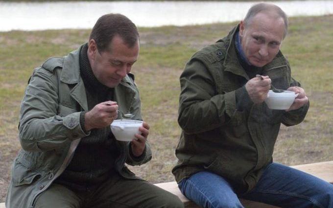 Путін і рибалки: в мережі продовжують висміювати главу Кремля