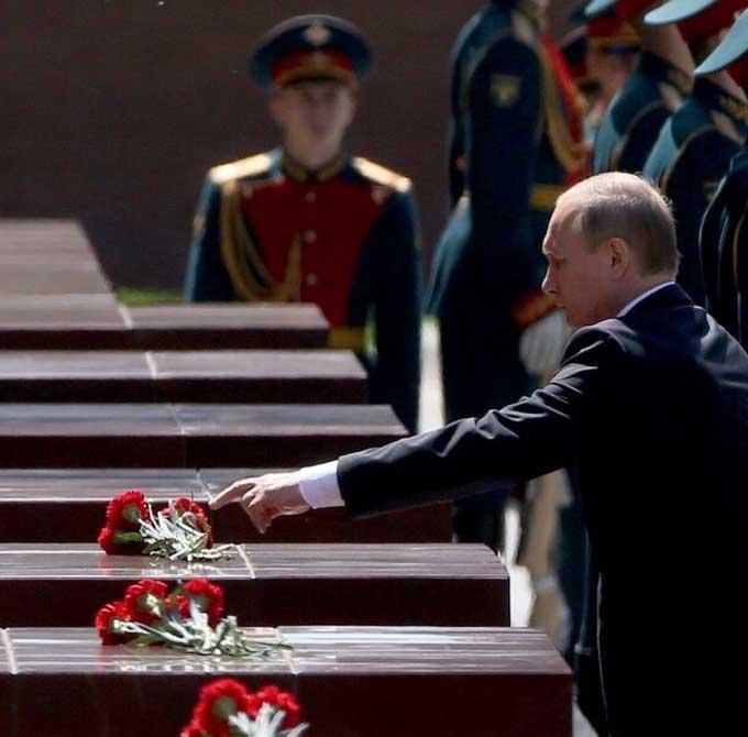 Путін демонстративно