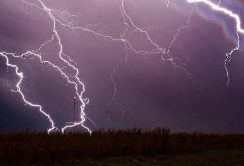 Гром и молнии: фотографии бури от Джейсона Уэйнгарта (15 фото) (13)