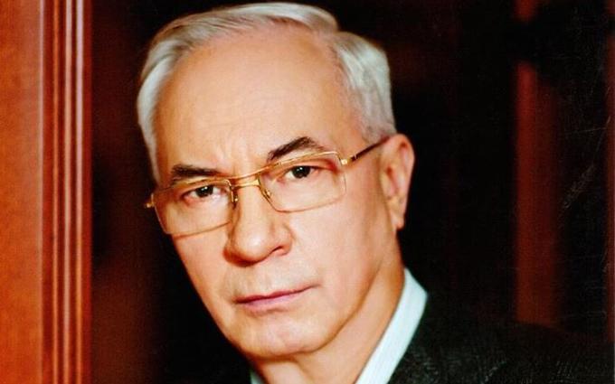 Азаров сделал странное заявление о идиотах и цене на газ