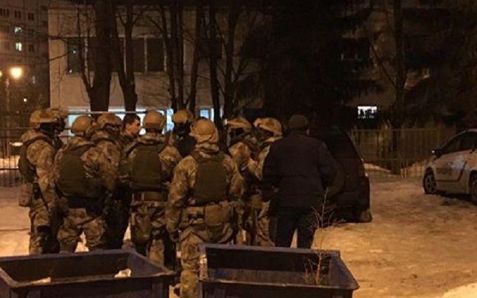 Стрельба вХарькове: бойцы Семенченко сцепились сактивистами «Схидного корпуса»