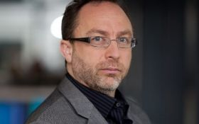 """Співзасновник Wikipedia створить сервіс без """"фейкових новин"""""""