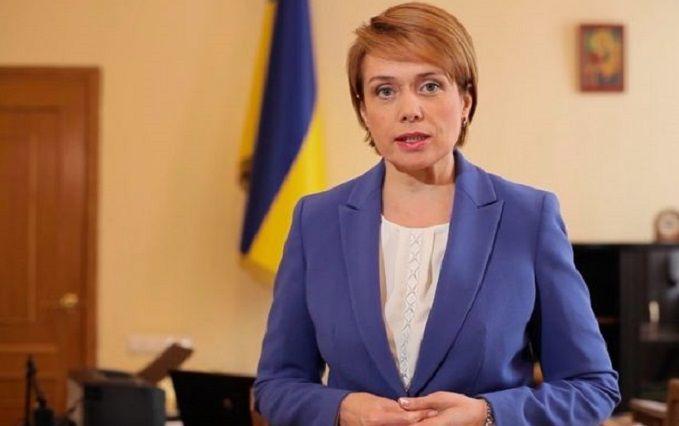 Скандал вокруг реформы образования: министр Венгрии желает увидеться сГриневич