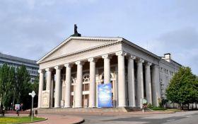 Сепаратисты в ДНР взялись за театр и поразили отсутствием фантазии
