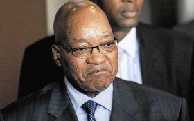 Президенту ПАР дали два дні на складення повноважень