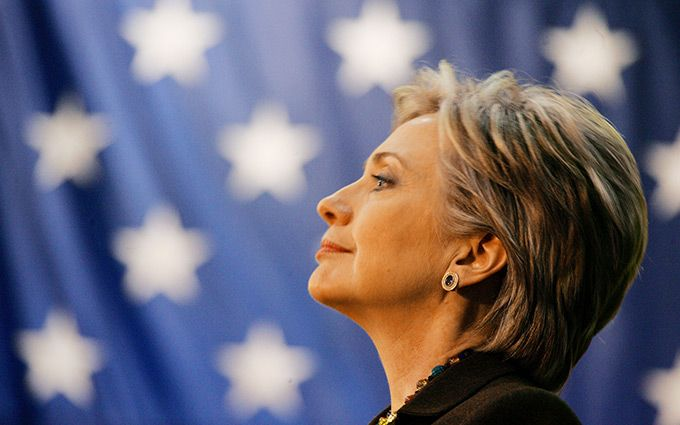 Світ змінився: нове фото з Клінтон стало хітом мережі