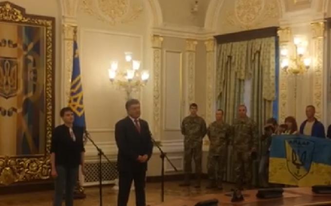 Порошенко і Савченко розповіли, хто допоміг звільненню (1)