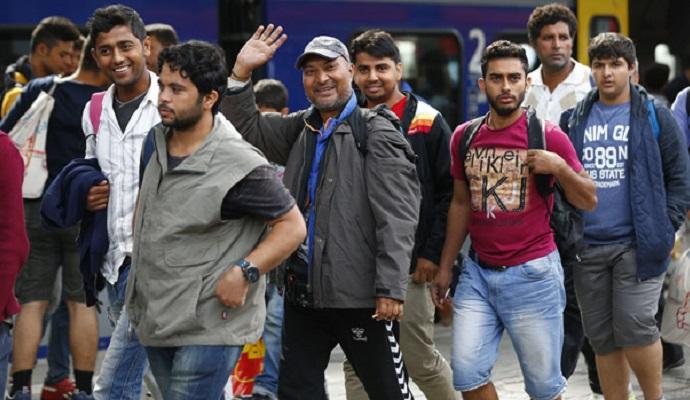 Йоахим Гаук выступил в защиту сокращения количества мигрантов