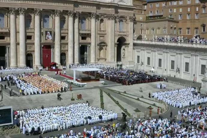 Ватикан канонізував Мати Терезу: з'явилися фото (1)