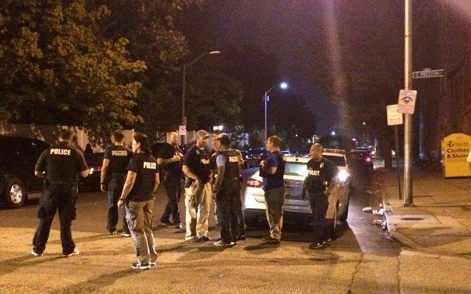 У США невідомі відкрили стрілянину, поранено 8 осіб: з'явилися фото