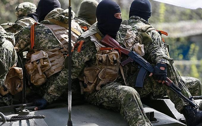 До чого призводять обстріли бойовиків на Донбасі: з'явилося нове відео з фронту