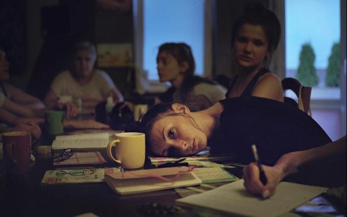Как лечат больных анорексией девушек: шокирующие фото