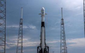 SpaceX провела рекордний запуск ракети в космос з масивним супутником на борту: з'явилося відео