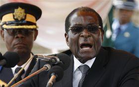 Армия Зимбабве захватила власть, но факт переворота отрицается