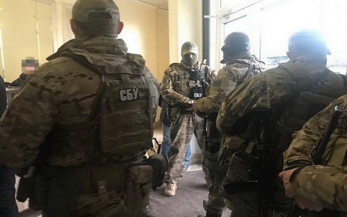 Одеський екс-депутат фінансував терористів, - СБУ