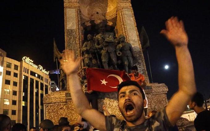 Що це було: з'явилося правдоподібне пояснення перевороту в Туреччині