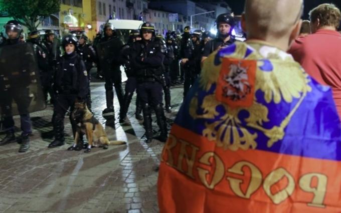 Во Франции приняли решение по задержанным россиянам
