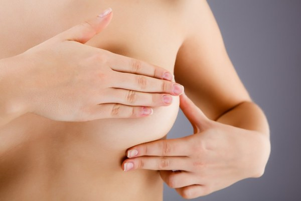 11 признаков, которые сигнализируют о раке груди (1)